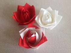How to Fold Paper Napkin Fancy Way 6 Techniques, Diy Abschnitt, Origami Envelope Easy, Diy Origami, Paper Napkin Folding, Paper Napkins, Diy Flowers, Paper Flowers, Napkin Rose, Event Design, Paper Crafts