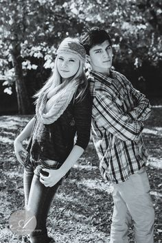 Senior Pictures / BFF Session / Boy and Girl Posing / www.anchellephotography.com