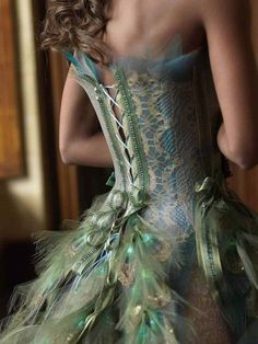 Gowns Pagan Wicca Witch:  Faery peacock #gown.  Photo : Pauline Franque Stylism sylvie facon avec manon leloup