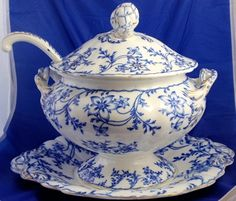 ♥ ~ ♥ Blue and White ♥ ~ ♥ Antique Mintons Flow Blue Ironstone Anemone Large Tureen w Underplate Ladle Blue And White China, Blue China, Love Blue, Blue Dishes, White Dishes, China Patterns, White Porcelain, Shades Of Blue, White Ceramics
