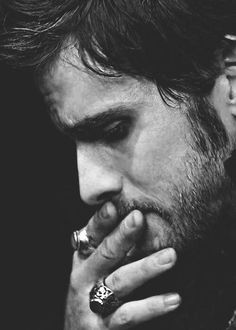 Colin O'Donoghue is pretty much the cutest and sweetest Irish guy out there ♡  His accent tho ♡