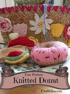 """This project shows you how to make a knitted donut. We call it """"Do-Knit""""! Knitting Cake, Free Knitting, Baby Knitting, Knitted Baby, Knitted Gifts, Knitting Toys, Knitted Dolls, Easy Knitting Patterns, Knitting Projects"""