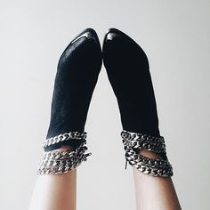 Chain gang. || Shop shoes: http://www.nastygal.com/shoes?utm_source=pinterest&utm_medium=smm&utm_term=omg_shoes&utm_campaign=editorial
