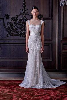 Tendance Robe du mariée  2017/2018  A romantic lace Monique Lhuillier wedding dress | Brides.com