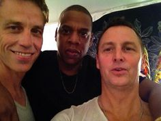 Tumblr Matt Cameron, Jay-Z and Mike McCready at MIA Festival. Jeff Ament, Matt Cameron, Pear Jam, Hip Hop Instrumental, The Best Revenge, Music Heals, Eddie Vedder, Music People, Jay Z