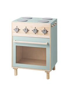 Visit designstuff to purchase this cute mini play stove in mint, designed in Denmark by Bloomingville. Kitchen Stove, Toy Kitchen, Wooden Kitchen, Kitchen Sets, Diy Kids Kitchen, Mini Kitchen, Mini Stove, Family Room Design, Home And Deco