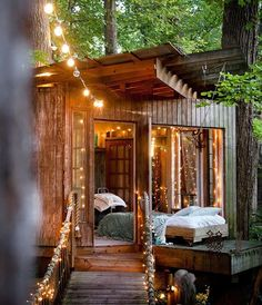 Tag a friend that would love to live in a treehouse -- Atlanta, USA Photo © Jane Field . Lewis