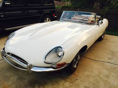 '68 Jaguar XKE E-Type Roadster. Never tire of looking at these.