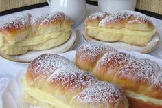 Mäkučké mini – pudingáče s vanilkovým krémom Hungarian Desserts, Hungarian Recipes, Sweet Pastries, Bread And Pastries, Eastern European Recipes, Cake Recipes, Dessert Recipes, Almond Cakes, Special Recipes