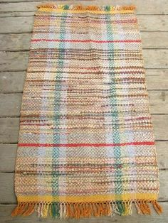 Vintage Cotton Throw Rug Nice And Solid Without Thinning Or Holes Has Just A Few Small Marks From Use