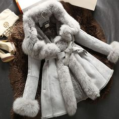 Merino genuine coat sheepskin real fur coats for women leather with fur coats natural fur coat jacket winter 2015 new Fur Fashion, Look Fashion, Winter Wear, Autumn Winter Fashion, Coats For Women, Clothes For Women, Sweater Coats, Fur Coats, Fabulous Furs