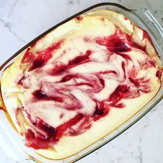 Adicto a la cazuela de quark (baja en carbohidratos) - con solo 4 ingredientes - Quark cazuela receta mermelada de fresa – www. Low Carb Chicken Recipes, Low Carb Recipes, Healthy Recipes, Easy Recipes, Healthy Chicken, Low Carb Sweets, Low Carb Desserts, Lemon Desserts, Law Carb