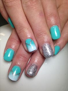 Turquoise gel nails