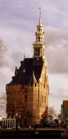 Founded in 1357, Hoorn rapidly grew to become a major harbor town.During Holland's Golden Age, Hoorn was an important home base for the Dutch East India Company and very prosperous center of trade, in the Netherlands