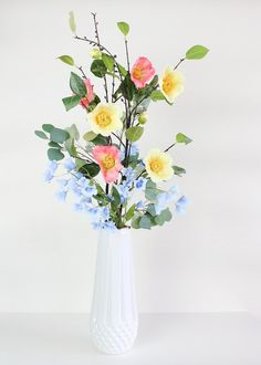 Excellent diy flowers info are available on our website. look at th s and you will not be sorry you did. Diy Flowers, Flowers In Hair, Spring Flowers, Flower Diy, Flowers Garden, Flower Ideas, Yellow Flowers, Flowers Decoration, Pastel Flowers