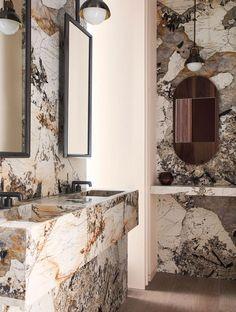 Bathroom Design Luxury, Luxury Interior Design, Bathroom Trends, Interior Inspiration, Luxury Homes, Modern Design, House Design, Mirror, Instagram