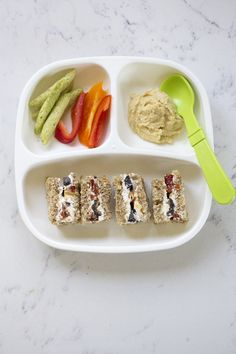 Toddler meals 371617406747952523 - Here's a look at five meals I fed my twin toddler this week from breakfast through dinner. All are healthy, easy and delicious! Healthy Toddler Meals, Toddler Lunches, Healthy Work Snacks, Kids Meals, Toddler Food, Baby Meals, Baby Foods, Kid Snacks, Baby Food Recipes