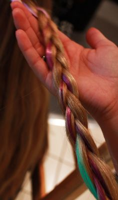 Fake hair stripes are great way to cheer your hair up! #braid #braided #fakehair #hairstripe #hairdecoration #hairproducts #hairproduct #glitter #hair #hairguide #thehairguide #glitterhaireverywhere