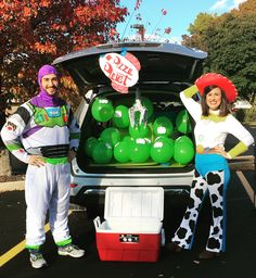 Trunk or treat the claw pizza planet the chosen one Gods chosen ones jessie Jessie Toy Story Costume, Toy Story Halloween Costume, Toy Story Alien Costume, Jessie Costumes, Toy Story Costumes, Family Costumes, Couple Halloween Costumes, Halloween Fun, Halloween Birthday