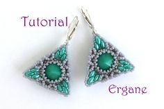 Pretty earrings in shape of triangle and circle inside triangle. Not too small, not too big and very light earrings. These earrings are perfect for wearing everyday. Did You like geometry? I did very much. Those earrings reminds me one of math teacher from my school years. Length of triangle: 1,2 inch (3cm)  This tutorial is for beginner Beaders. The tutorial contains 13 fully illustrated (with graphs) steps from start to finish with complete explanation.  Technique: - Peyote - Basic beading…