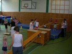 www.tus-wichlinghofen.de Sportangebote Turnen Kinder Eltern-Kind-Turnen Bilder Eltern-Kind-Turnen2_2007.jpg