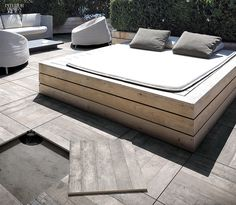 Casa Dolce Casa's Icon Outdoor floor tiles in porcelain by Florim Ceramiche. / outdoor furniture