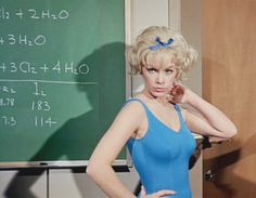 Stella Stevens in The Nutty Professor Classic Movie Stars, Classic Films, Hollywood Actor, Classic Hollywood, The Nutty Professor 1963, Stella Stevens, Famous Women, Celebs, Celebrities