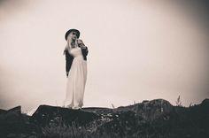 Ensaio fotográfico da MariMoon, clicado pela sua irmã Marcella Karmann, nas…