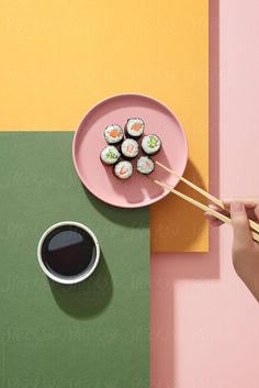 sushi rolls on pink plate with chopstick Food Photography Styling, Food Styling, Sushi Pop, Berlin Food, Pink Plates, Food Graphic Design, Pastry And Bakery, Still Life Photography, Korean Food