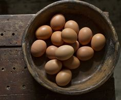 valscrapbook:  Eggs by Charlie Kinyon on Flickr.
