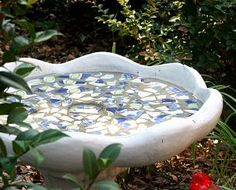 I even have the broken pottery.....and a nice spot under the one tree in our front yard.....DONE!!!