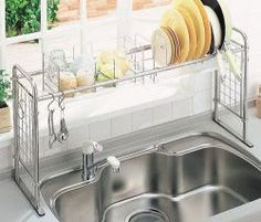 i haven't look at what all the 20 tips are for living in small spaces but i'm all about this dish rack, takes up so much less space