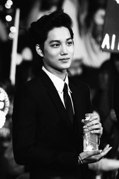 Oh my Kim Jongin ... why are you so handsome? <3 Kai EXO <3