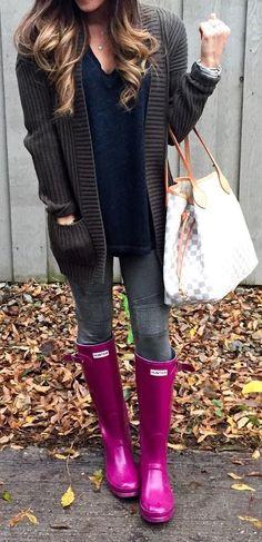 #winter #fashion / Dark Cardigan / Dark Skinny Jeans / Purple Boots / Navy Knit
