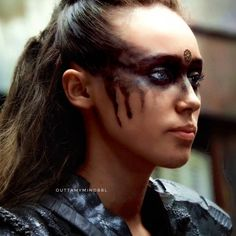 as the Lexa spin-off been approved yet cuz I miss my commander something awful 😭💕😍♾ Lexa The 100, The 100 Clexa, Viking Makeup, Commander Lexa, Something Awful, Alycia Jasmin Debnam Carey, Clarke And Lexa, The 100 Show, Cute Couple Drawings