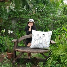 Hanatist  : Beloved flower stories by wontist #Embroidery #Flower #Art #Nature #DIY #Craft https://www.facebook.com/Hanatist/