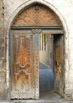 Vieille #porte #door #Cahors