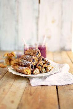 French Toast Roll Ups mit Frischkäse, Zimt & Beeren