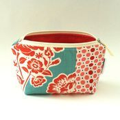 Zippered pouches by the Pleated Poppy shop