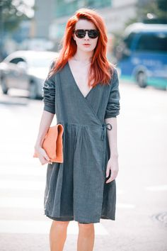 Sea of Shoes: minimalist wrap dress