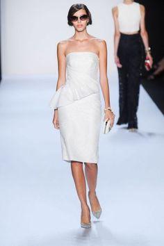 85 vestidos de noiva curtos lindos e modernos que vão te impressionar! Image: 45