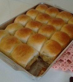 pão fofinho Wine Recipes, Bread Recipes, Pizza Express, Portuguese Recipes, Coffee Break, Hot Dog Buns, Crackers, Sweet Recipes, Food And Drink