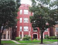 7354 W Lake St #3W, River Forest IL 60305 - vintage 3 bedroom condo, buyer worked with Laurie Christofano of The Pych Team in 2013