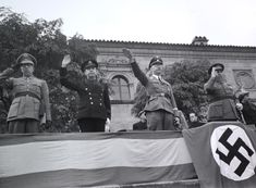 La Barcelona de posguerra: Heinrich Himmler en el Poble Espanyol (23 de octubre de 1940).-  Pérez de Rozas / AFB Spanish War, Historical Photos, Wwii, Barcelona Spain, 1940s, Third, Germany, October 23, Historia