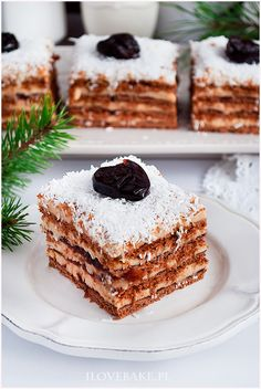 Tiramisu w pucharkach - I Love Bake Tasty Dishes, Baked Goods, Tiramisu, Christmas Time, Deserts, Good Food, Food And Drink, Cookies, Baking