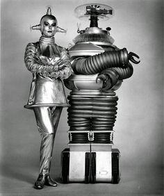 The android Verda and the Robot (Lost in Space)