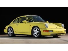 Bingo Sports / Purchases and sales for new/used imported cars such as Ferrari, Lamborghini, and Porsche. Porsche 911 964, Porsche Cars, Porsche Classic, Classic Cars, Mercedes Wallpaper, Yellow Car, Vintage Porsche, Import Cars, Carrera