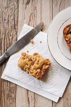 Pecan Toffee Blondie