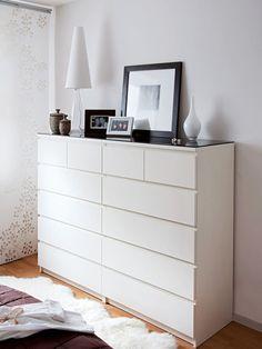 In diesem behaglichen Ambiente erwacht man gerne. Familie Bungarten freut sich über ein Ikea-Schlafzimmer im Wert von rund 10 000 Euro. Den Gewinn krönt die professionelle Gestaltung von Designer Michael Haas.