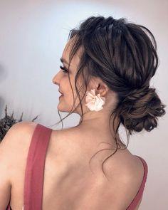 """Прически Обучение Минск on Instagram: """"Прическа влияет на то, как складывается день, а в итоге и жизнь. ⠀ Софи Лорен. ⠀ #свадебнаяприческаминск #свадебныеприческиминск…"""" Dreadlocks, Hair Styles, Beauty, Hair Plait Styles, Hair Makeup, Hairdos, Haircut Styles, Dreads, Hair Cuts"""